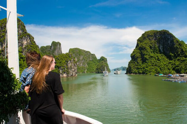 ha long - vietnam in 10 days itinerary
