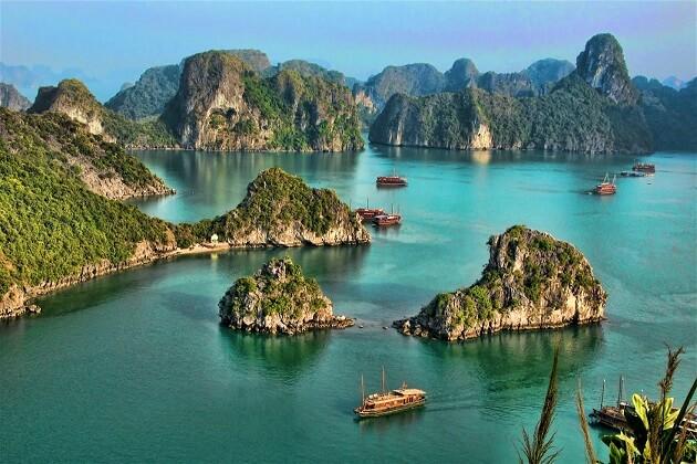 halong bay - vietnam highlight tour packages