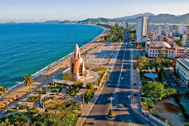 indochina family vacation - nha trang beach