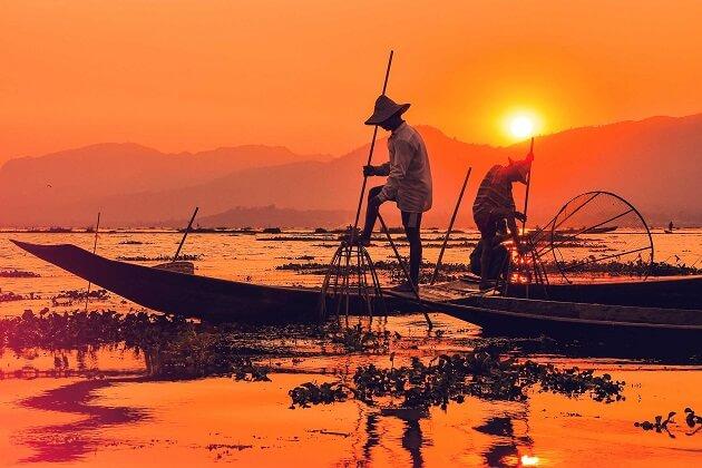 inle lake - best time to visit burma myanmar