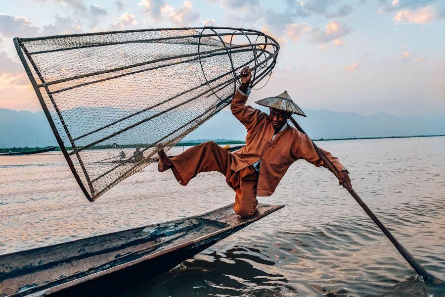 inle lake in myanmar