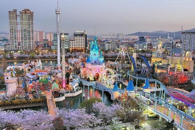 lotte world - korea main attractions