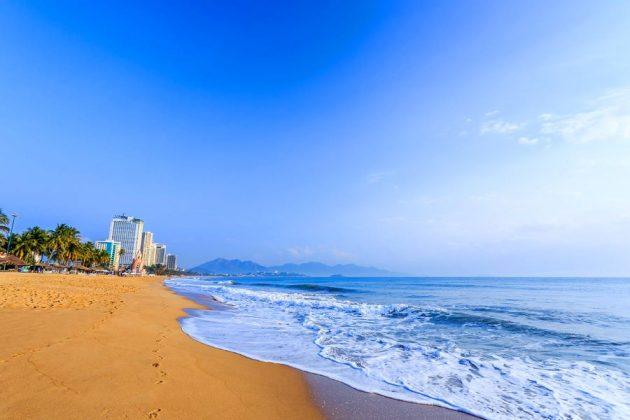nha trang stunning beach