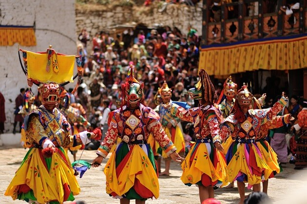 paro festival - good season to travel to Asia