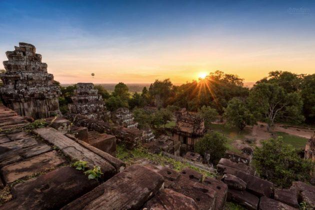 phnom bakbeng siem reap cambodia