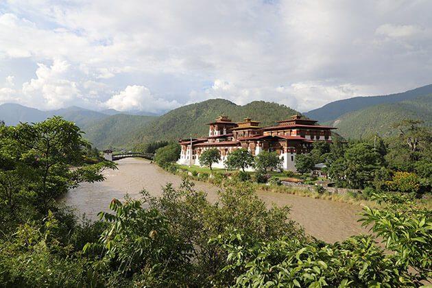 punakha dzong - bhutan nepal tibet tours