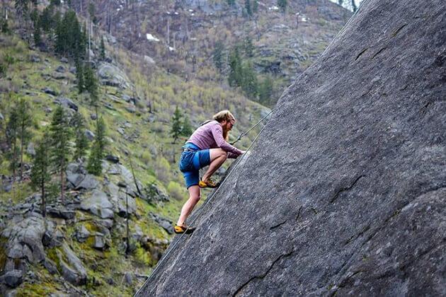 rock climbing - best bhutan torus
