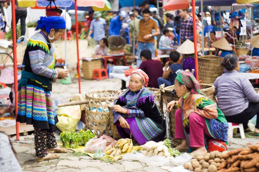 sapa local markets