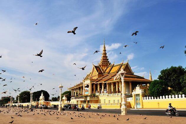 silver pagoda - cambodia classic tour