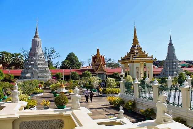 silver pagoda - things to do in cambodia tours