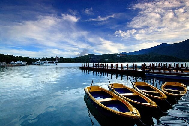 sun moon lake - best east asia tour packages
