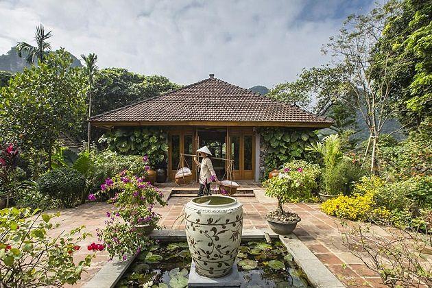 tam coc garden in hoa lu