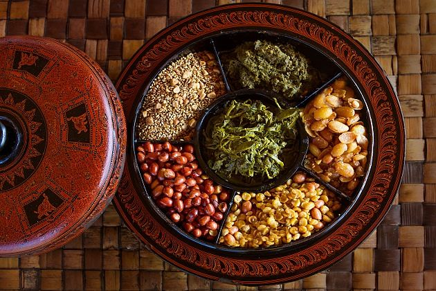 tea leaf - things to know when visiting myanmar
