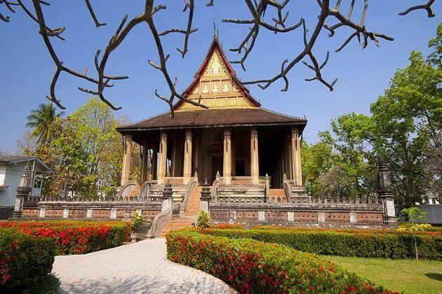 temple Wat Sisaket
