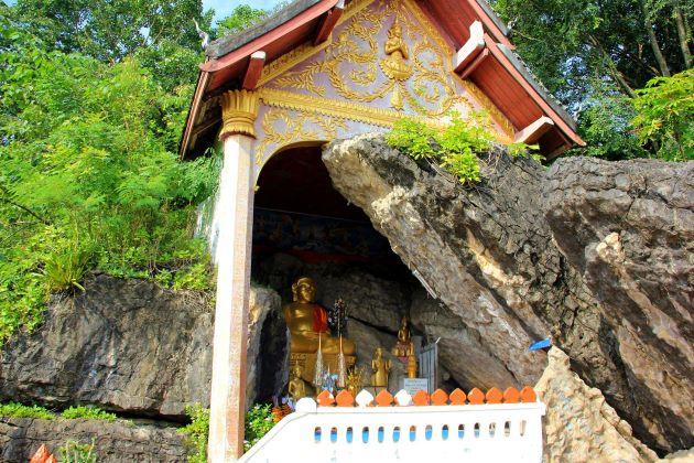 temple at mount phousi