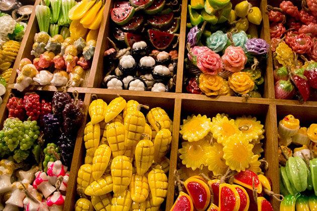 thailand souvenirs buy