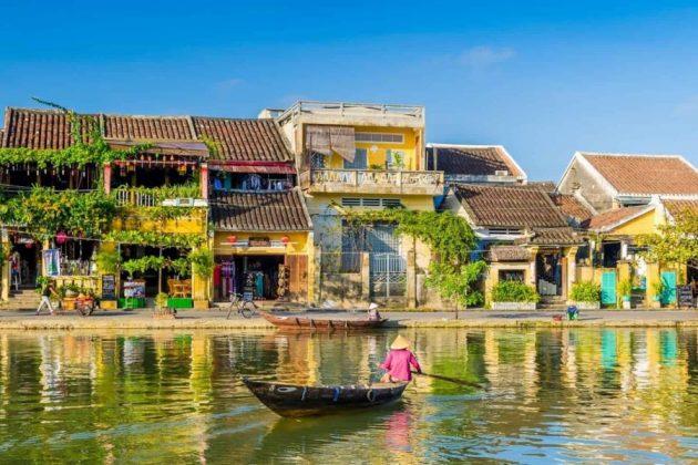 thu bon river in hoi an quang nam