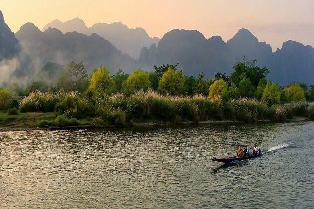 vang vieng - southeast asia adventure vacation